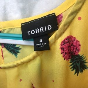 torrid Tops - Pineapple patterned Torrid Tank top 4X